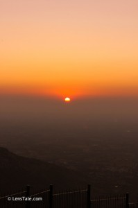 Either you have to visit Nandi Hills , early morning or in the evening... Sun rise and sun set are the best timings in Nandi Hills..